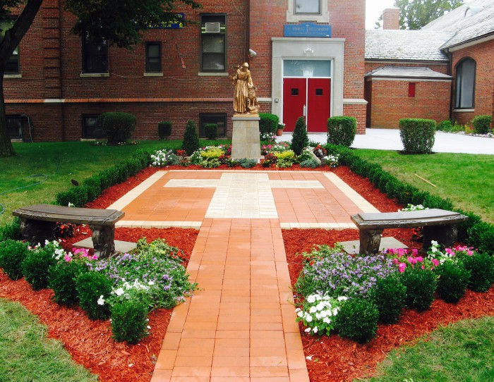 Create the Perfect Courtyard with Engraved Bricks