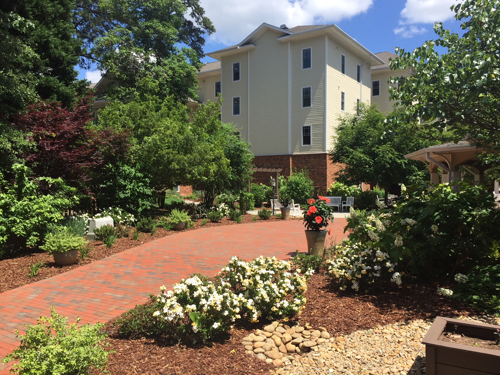 Penick Village Foundation Honor Walk and Garden